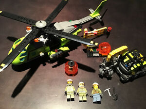 LEGO City 60123 Volcano Supply Helicopter