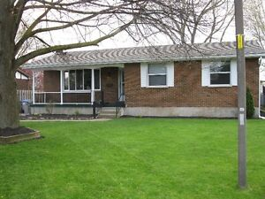 4 bedroom ranch forsale in strathroy
