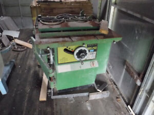"""Busy Bee 10"""" Table Saw - 220 V"""