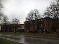1 BED NOW FOR RENT leamington on. CALL 519-816-3095