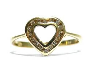 Heart 9ct Yellow Gold Ladies Diamond Ring Size O 1.96g (Heart Ring)