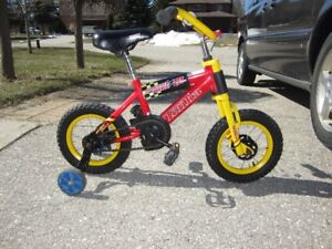 Children's 8 and 12 inch bikes with safety wheels