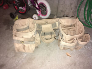 Like new CLC tool pouch w/ shoulder straps