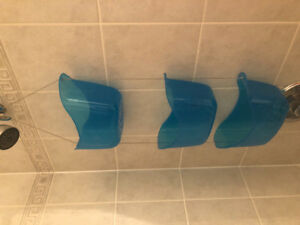 Hanging plastic bins for shower