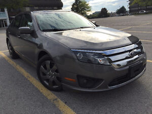 2010 Ford Fusion|Sunroof|Accident Free|Bluetooth|Two Set of Tire