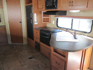 2013 Cherokee 264U travel trailer by Forest River Kitchener / Waterloo Kitchener Area image 8