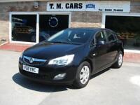 2011 Vauxhall/Opel Astra 1.7CDTi 16v EcoFLEX Exclusiv **£30 Tax**