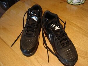 NIKE Low Men's Black Leather Athletic Baseball Cleats - Size 11M