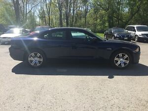 2014 DODGE CHARGER SXT * LOW KM * HEATED SEATS London Ontario image 7