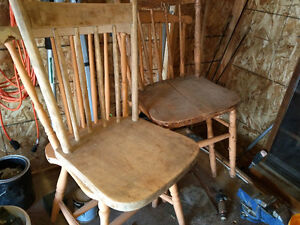 Wood Chairs Crowsnest Pass