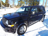 2010 JEEP PATRIOT NORTH, 2.4L 4 CYL, MOON ROOF &  HEATED SEATS