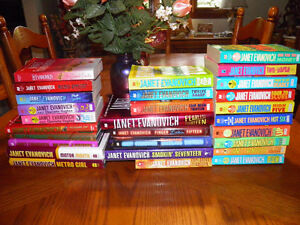 28 Books Janet Evanovich Stephanie Plum 1-18 Series + 10 extra V