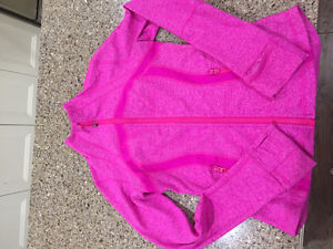 Lululemon sweater size 6