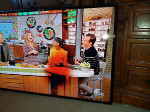60 inch Samsung Smart TV