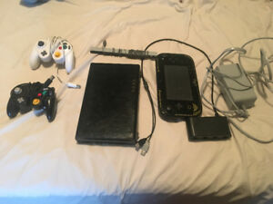 BLACK WII U AND WII BUNDLE FOR SALE