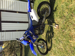 2001 Yamaha wr426 street legal dirt bike