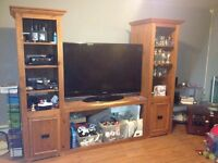 Solid wood entertainment unit/tv stand