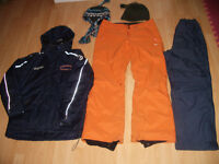 "Skisuit / Snow suit """" CCM """" ---- like NEW ---- size L"