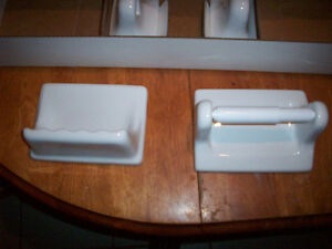 Bathroom ceramic accessories