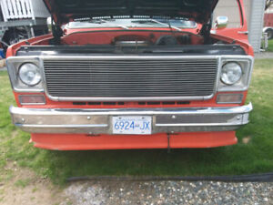 1979 Custom short box, square body pickup