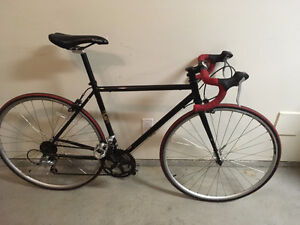 Boadie Romulus Road Bike (M)