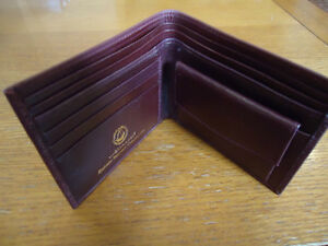 Genuine Leather Emirates Wallet (Burgundy) West Island Greater Montréal image 2