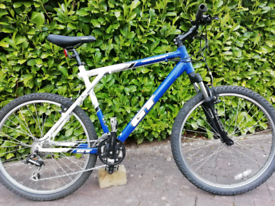 549a22fd303 GT Aggressor 3 Mountain Bike - New Cassette and Chain