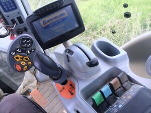2014 New Holland T8.360 CVT Tractor London Ontario image 5