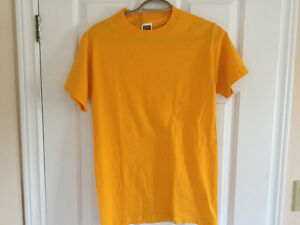 Canary Yellow Tee Shirt, Size M London Ontario image 2