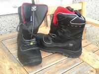 WENAAS safety boots size 11