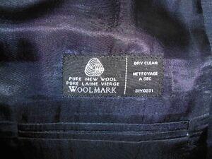 Navy 2 Piece Suit Regina Regina Area image 3