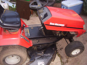RIDE ON LAWN MOWER COMES WITH PARTS UNIT