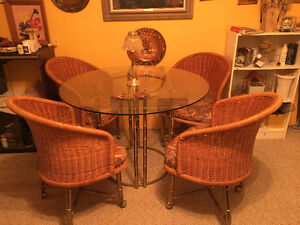 Dining set for smaller areas or family room