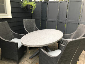 Lisbon Outdoor Patio Set (Granite Table Top, 4 Chairs)
