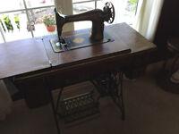***Lower Price***Antique Singer Sewing Machine