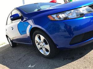 Kia Forte EX Sedan 2010