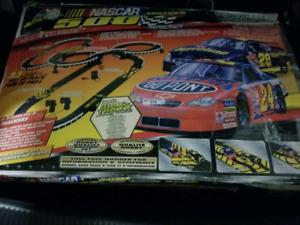 Slot car tracks