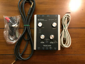 Tascam US-122MKii audio/midi interface