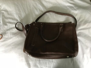 Brown leather roots purse