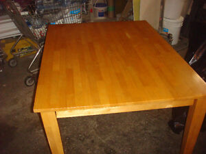 VERY NICE LARGE SOLID PINE TABLE