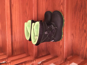Snow boots for Boy size 6