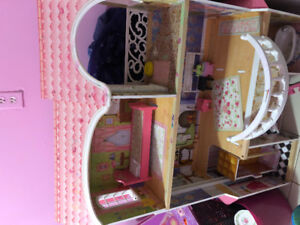 4 foot tall wooden doll house