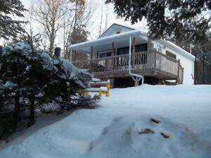 Maison à louer TOUT INCLUS lac Sandy, Rawdon, Lanaudière