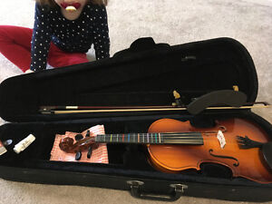 Excellent condition beginner violin