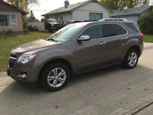 2011 Chevy Equinox LT2 AWD - Sunroof/Leather - Only 58,000 kms