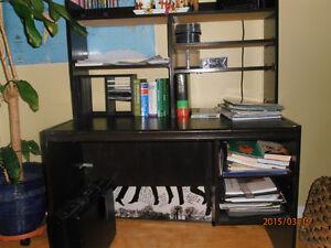 Bureau pour ordinateur avec huche meubles dans qu bec for Meuble bureau joliette