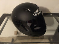 HJC Men's helmet Large 60$
