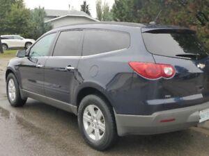 2011 Chevrolet Traverse 1LT SUV, Crossover