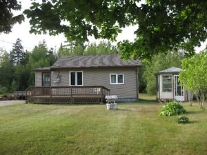 1 Bedroom house on large sunny lot in Shediac River