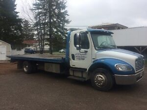 towtruck 07 freightliner m2